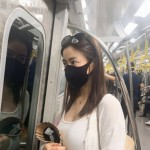 「T-ARA」出身女優リュ・ファヨン、マスク姿で電車移動の様子を公開…「地下鉄万歳」