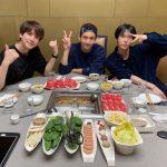東方神起チャンミン&SUPER JUNIORキュヒョン&NCT127ドヨン、スリーショット公開…先輩と後輩の温かい絆
