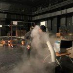 キム・ジュンス、大型加湿器から蒸気を全身で飲む姿で近況報告!(動画あり)