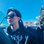 CNBLUEイ・ジョンシン、異国でひとりドライブを楽しむ…映画の主人公のようなビジュアル