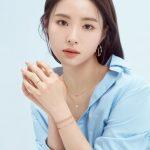 <トレンドブログ>女優シン・セギョン、朝露のような清楚な美貌…都市的な洗練さもいっぱい