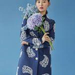"""<トレンドブログ>女優キム・ジウォン、ファッション誌で""""ブルーファッション""""を披露!美しすぎる青い鳥。"""