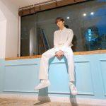 <トレンドブログ>キム・ウソク(UP10TION)、オールホワイトルックもよく似合う王子様..清純さ爆発