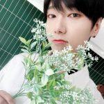 <トレンドブログ>「SUPER JUNIOR」イェソン、花より美しいビジュアルにキュンキュン