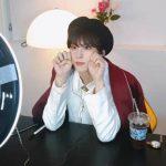 "「UP10TION」キム・ウソク、""星の王子様""スタイルの近況写真を公開!美貌爆発!!"