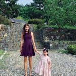 女優キム・ビヌ、娘は「私の生涯の友人」…ダイエット後75kgから55kgに
