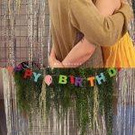 ヒョナ、本日(6/6)誕生日を迎えSNSに恋人DAWNとロマンティックなキス&ハグ写真を公開