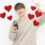 「EXO」ベクヒョン、かわいいビジュアルが眩しい…笑顔でファンに感謝伝える(動画あり)