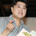 【公式】歌手キム・ホジュン、再身体検査で4級社会服務要員判定…「神経症障害・鼻閉塞」