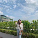 <トレンドブログ>「OH MY GIRL」ヒョジョン、青い空の下で明るい笑顔^^