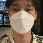 <トレンドブログ>俳優コ・ギョンピョ、トロピカルシャツ+フォーで旅行気分の近況公開