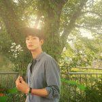 俳優キム・スヒョン、女心狙撃花を持った男…ドキドキ彫刻ビジュアル