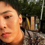 "「BIGBANG」G-DRAGON、セルフィー三昧""マイウェイな近況"""