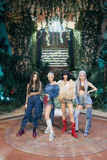 "「BLACKPINK」、イギリスのオフィシャルシングルチャート20位…K-POPガールズグループのシングルでは""最高記録"""