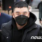 V.I(元BIGBANG)、売春あっせんなどの裁判を地上作戦司令部で