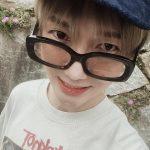 """「SUPER JUNIOR」イェソン、ますます幼くなる兄さんの童顔ビジュアル…""""ぎこちなくてごめん"""""""