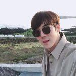 俳優ユ・ヨンソク、済州島で平和な日常…癒しビジュアル発散