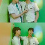 キム・スヒョン、唯一の友達チョ・ジェスと制服姿でポーズ…高校生のようなビジュアル