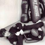 俳優イ・ジュンギ、道着を着て誇った彫刻ビジュアル…雰囲気あるモノクロ写真
