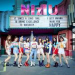 "「NiziU」、ソウル中心街に""降臨""…大型ビジョンから「Make you happy」MVを発信…再生回数は8000万回突破"