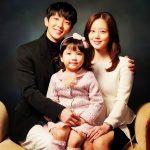 イ・ジュンギ、ほのぼのとした家族写真公開…ドラマへの期待アップ