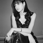 「BLACKPINK」リサ、人形のような美貌+シックな雰囲気=ボブスタイルのお手本