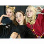 「TWICE」ナヨン&モモ&チェヨン、JYP代表花畑を立証した爽やかさ
