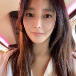 女優キム・ヒソン、自己発光出勤途中…元祖女神の優越ビジュアル