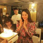 """<トレンドブログ>オム・ジョンファ、52歳の誕生日を迎えて""""幸せなパーティー""""…ペ・ジョンナム""""姉さん、誕生日おめでとう"""""""
