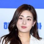 結婚発表の女優カン・ソラ、新郎は30代後半の韓方医?事務所側「私生活なので確認不可」