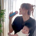 女優ヤン・ミラ、6月に誕生した息子を抱いて熱唱…「お母さんがごめんね」