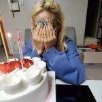 PINK FANTASYのサンア、誕生日ケーキ貰って号泣!?