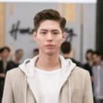 俳優パク・ボゴム主演のtvN新ドラマ「青春記録」、9月7日に初放送が決定=初スチルを公開