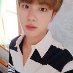 """BTS(防弾少年団)JIN、今日も""""ワールドワイド・ハンサム""""…イケメンビジュアル大爆発"""