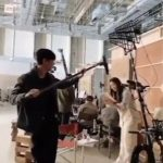 俳優チュウォン、キム・ヒソンためにマイクを持ってスタッフ自任..愉快なケミ