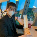 俳優ナムグン・ミン、糖分補充する瞬間までカッコいいね…マスクしててもダンディー
