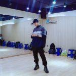 "2PMジュノ、すっきりとさわやかな相変わらずのビジュアル…""練習室が、恋しい"""