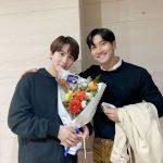 <トレンドブログ>「SUPER JUNIOR」シウォン、花束持ってキュヒョンを応援...友情もビジュアルも素敵