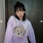 「少女時代」テヨン、愛犬ゼロのTシャツを着てラブリーな笑顔…「まるで妖精」