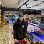 「SHINee」Key(キー)、今日のおかずはシーフード?…スーパーで楽しくお買い物