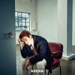俳優チョン・ギョンホ、モダンで都会的なカリスマ光るグラビアを披露…深みのある男の魅力