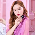 【情報】韓国ガールズグループOH MY GIRL ユアとトゥー フェイスドが生まれたて美肌を叶えるファンデーションでSNSコラボレーション!