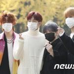 「PHOTO@ソウル」SEVENTEEN、ラジオ出演のため放送局に出勤…秋らしいカジュアルな装い