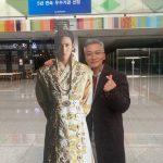 """チョ・ジェユン、チ・チャンウクとハ・ジウォンの立て看板と記念撮影…""""2013年を思い出して"""""""