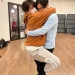 「SJ」チェ・シウォン、シンドン抱きしめて「うちの兄さん相当やせたね」...15年のメンバー愛