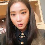 女優オ・ユナ、最も美しい41歳…魅力的な猫顔の目つき