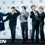 """BTS(防弾少年団)、「2020 AMAs」2冠…""""ARMY愛している""""…肩負傷SUGAも共に「Life Goes On」ステージ初公開"""