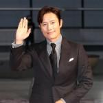 俳優イ・ビョンホン、「南山の部長たち」で男優主演賞受賞=「第40回韓国映画評論家協会賞」受賞者ラインナップ