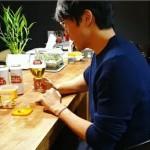 <トレンドブログ>歌手ソン・シギョン、お酒好きから40歳にしてグミにハマる…「新世界!」