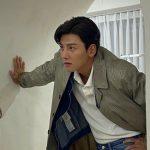 俳優チ・チャンウク、これがビハインドカット?!…男っぽい魅力爆発